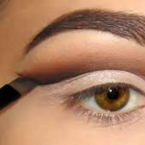 Dark shadow and eye crease